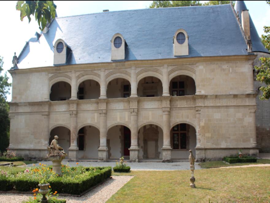 Château de Dampierre sur Boutonne (17)